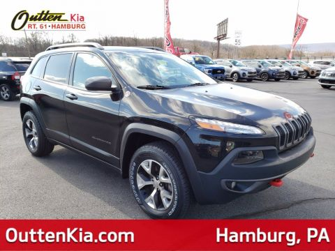 Pre-Owned 2017 Jeep Cherokee Trailhawk L Plus 4WD Sport Utility